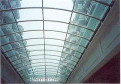 耐力板跟玻璃对比有什么优缺陷?